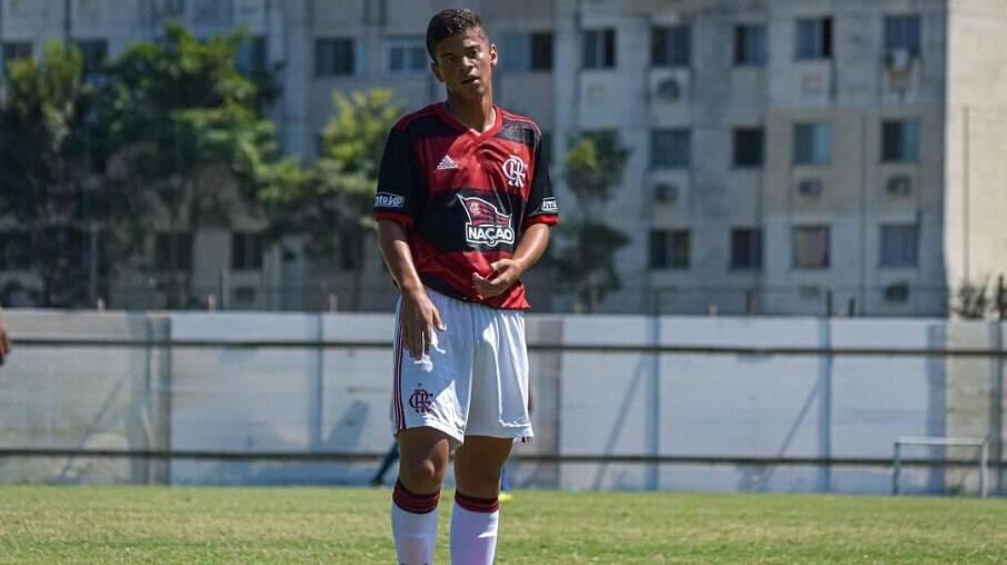 Arthur Manoel atuando pelo Flamengo