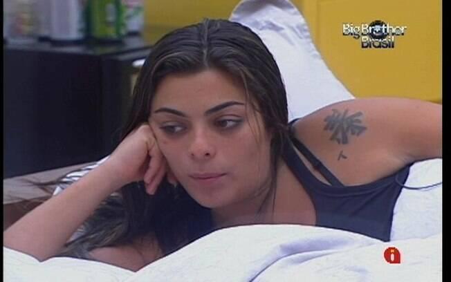 Monique pergunta para Yuri qual foi a reação de João Carvalho depois que o brother o indicou ao Paredão