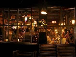 Restaurante Lua Marinha tem pratos saborosos feitos com ingredientes locais