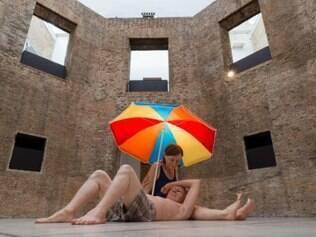 Mostra de Ron Mueck na Pinacoteca Divulgação/Governo do Estado de São Paulo