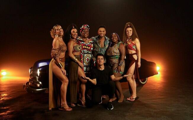 Tony Salles e famosas do clipe