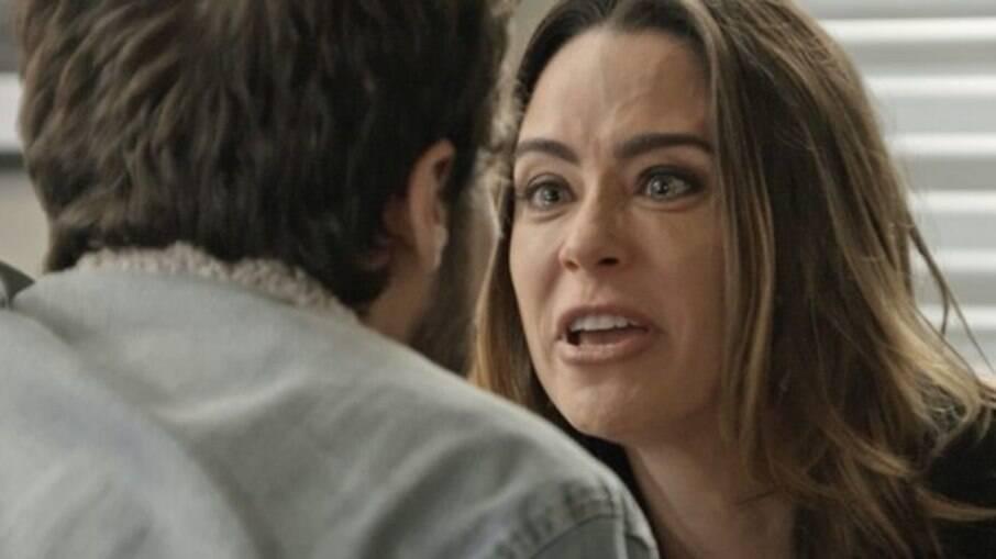 Bruna se descontrola para Giovanni, que se assusta com a reação