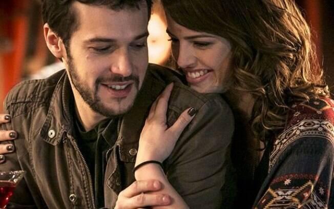 Giovanni e Camila confessam que estão apaixonados um pelo outro em