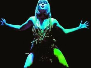 Irreverente. Peça australiana é uma fusão de cabaré, performance, teatro, circo e promete ser uma celebração da liberdade e da paixão