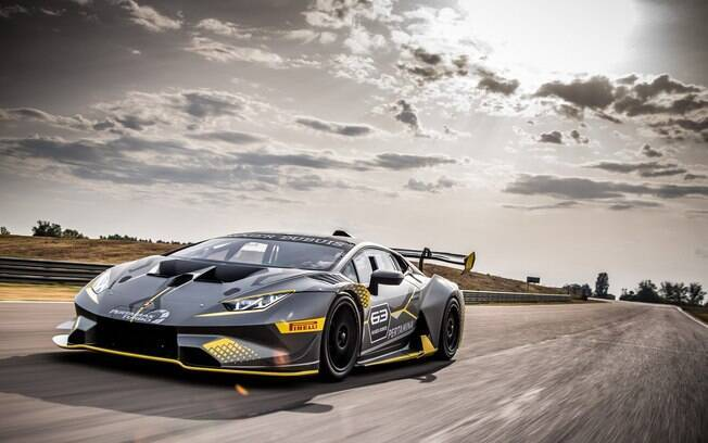 Lamborghini Huracán Super Trofeo EVO:  supercarro feito para andar em pista fechada começa  a competir em 2018