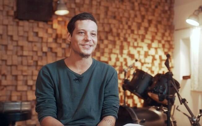Em entrevista, Chicão, filho de Cássia Eller fala sobre fama, carreira e causa LGBT