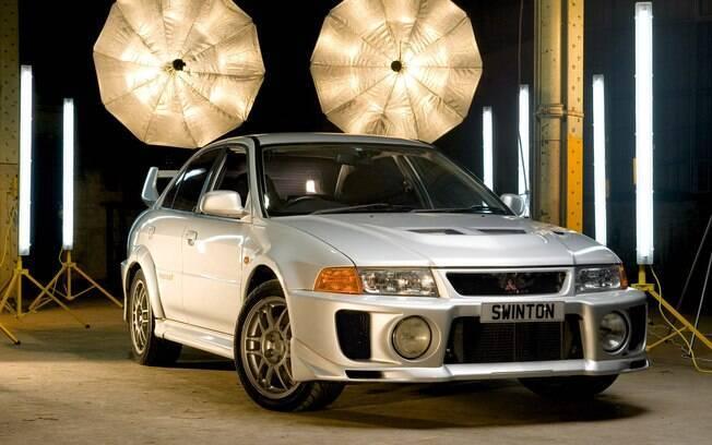 Mitsubishi Lancer Evo V é um dos carros dos sonhos de qualquer moleque que jogava Gran Turismo no Playstation 1