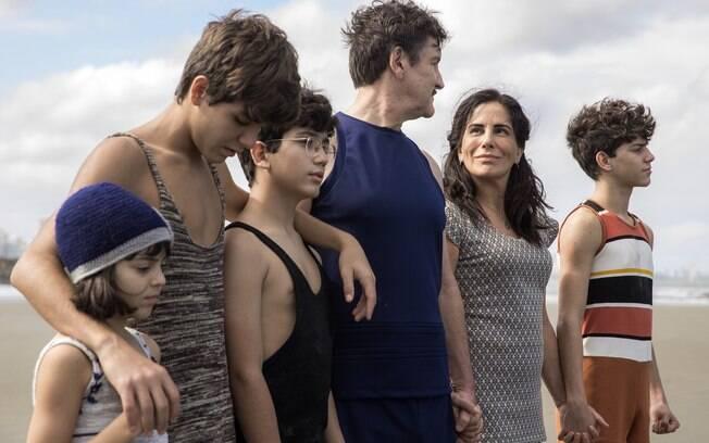 Lola, Júlio, Carlos, Alfredo, Isabel e Julinho