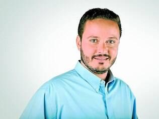 """Realização. Desde 1997, o tenor mineiro Felipe Peletta planeja interpretar a """"Misa Criolla"""", escrita pelo argentino Ariel Ramirez em 1964"""