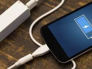 Reduzir o tempo de bloqueio da tela e desligar bluetooth são duas das dicas para fazer a bateria render