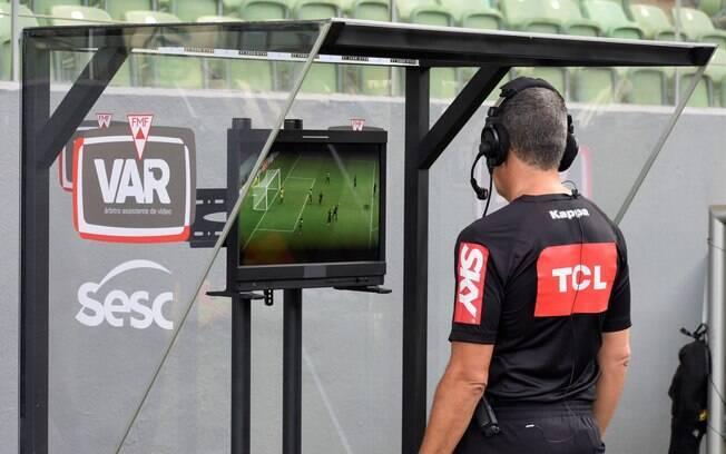 VAR foi introduzido no Brasileirão em 2019