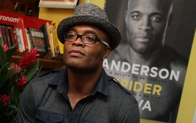 Anderson Silva também lançou uma biografia em  2012