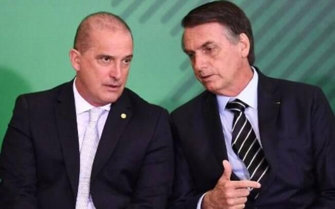 Ministro Onyx Lorenzoni disse que governo estudar redução de imposto para compra de arma de fogo