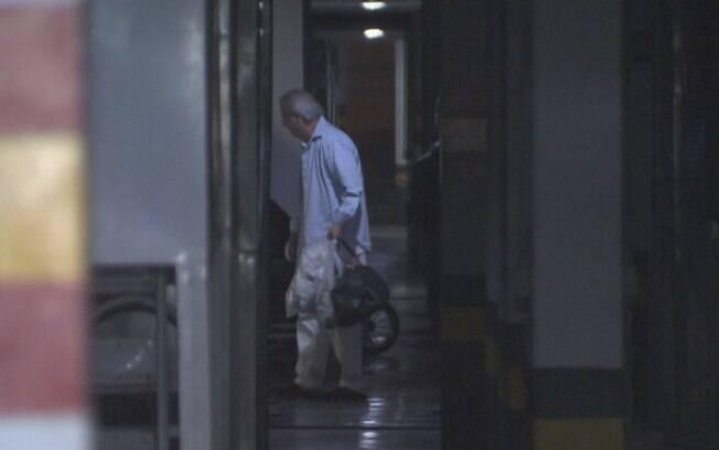Ex-ministro José Dirceu foi solto e já está em seu apartamento, localizado na área nobre de Brasília