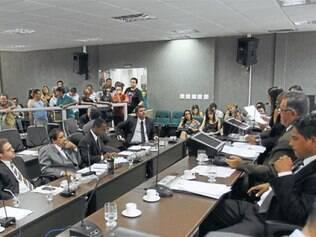 Vereadores iniciaram nesta semana trabalhos da CPI criada pela Câmara Municipal