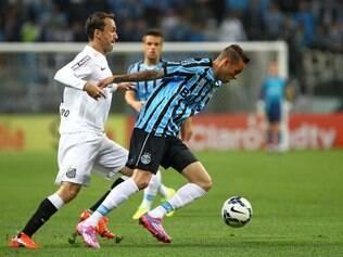 Grêmio foi superior durante todo o jogo, mas Santos soube ser eficiente nas chances que teve