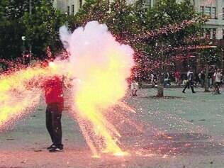 Flagrante. Fotógrafo da Agência O Globo registrou o momento em que o cinegrafista Santiago Andrade foi ferido