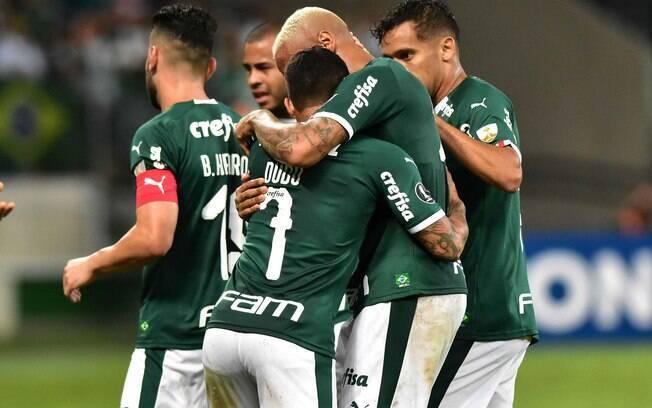 Palmeiras comemora gol na Libertadores