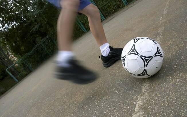 Fraqueza nas pernas, de um lado do corpo. Foto: Getty Images