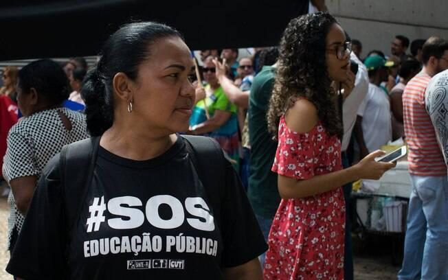 Segundo sindicato de professores, 90% das escolas da rede estadual na zona leste de São Paulo estão com portões fechados