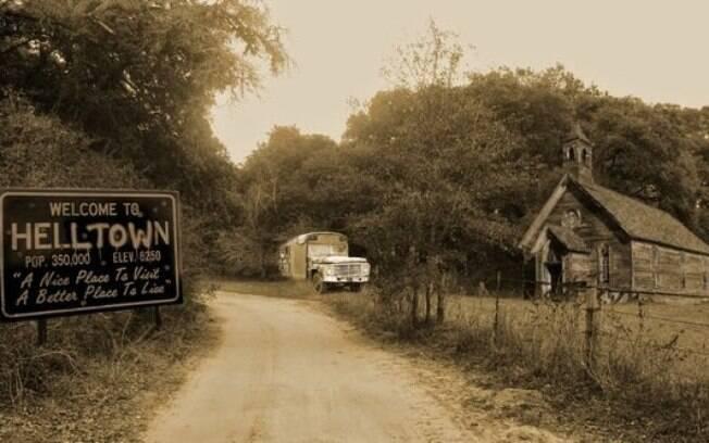 Além da memória, restaram apenas as casas abandonadas na cidade fantasma em Ohio, conhecida como A Cidade do Inferno