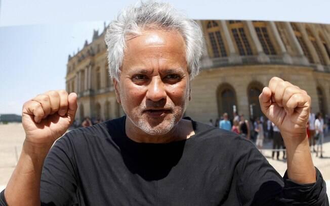 O artista britânico, de 61 anos, se defendeu das acusações de sensacionalismo