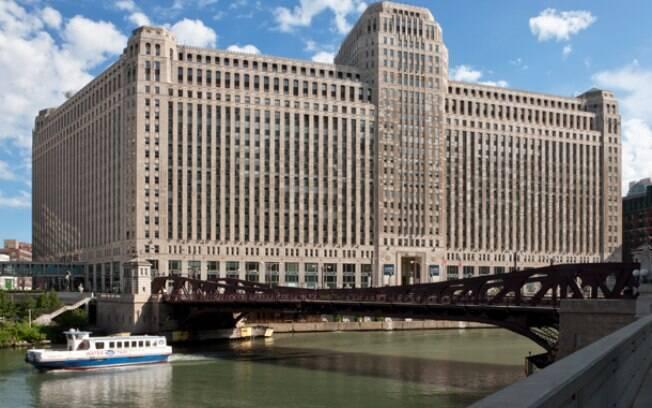 Nova sede da Motorola ocupa o tradicional prédio do Merchandise Mart, em Chicago