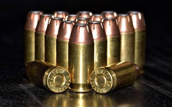 Brasil tem só cinco estados que controlam munição de suas polícias