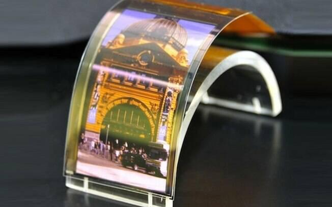 Sharp mostra novas telas de LCD e OLED que poderão ser usadas em smartphones no futuro