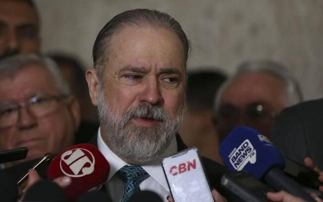 Novo procurador-geral da República, Augusto Aras tomou posse nesta quinta-feira (27).