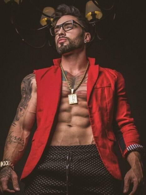 Funkeiro Fialho, coroado Mister Brasil 2019