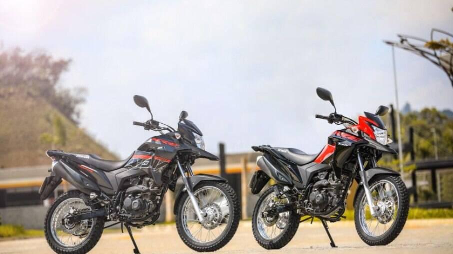 Honda XRE 190 ABS e XRE 190 ABS Adventure ganharam novas cores e grafismos na linha 2022