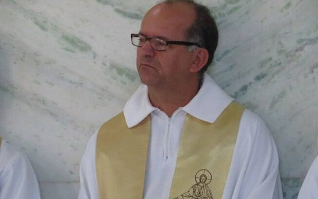 Diocese de Divinópolis afastou padre Cléver Geraldo de Sousa por