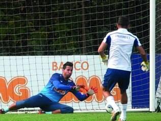 Rumo ao topo. O goleiro Fábio tem tudo para se tornar num futuro próximo o jogador que mais vezes entrou em campo para defender a camisa celeste na história do clube