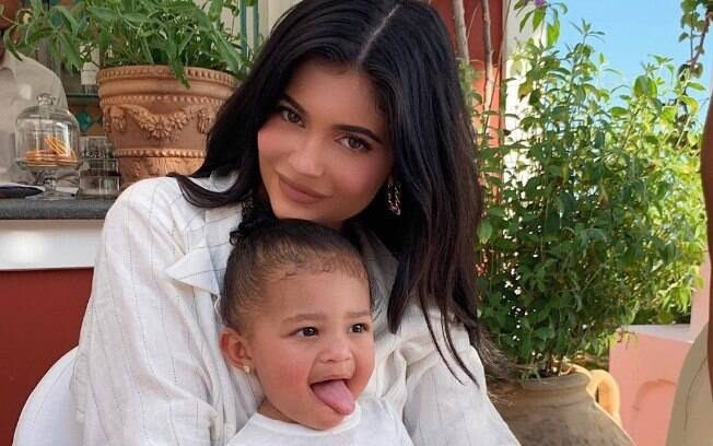 Kylie Jenner e a filha Stormi