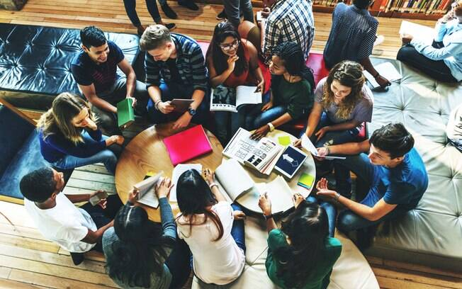 Marketplace tem mais de 290 mil bolsas de estudo para o estado de São Paulo para o segundo semestre
