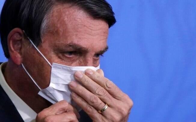 Nesta semana, postura de Bolsonaro foi de radicalização diante de novos desafios