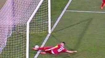 Bandeira que tirou gol de Cristiano Ronaldo está fora da Eurocopa