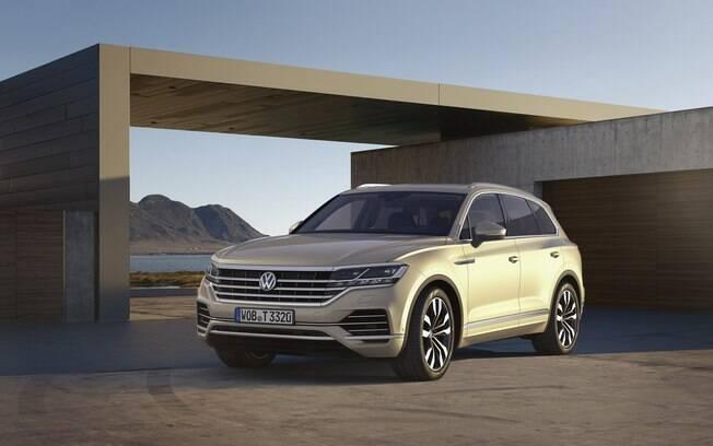 O VW Touareg foi cotado entre os carros que viriam ao Brasil. O preço alto fez a marca voltar atrás no planejamento