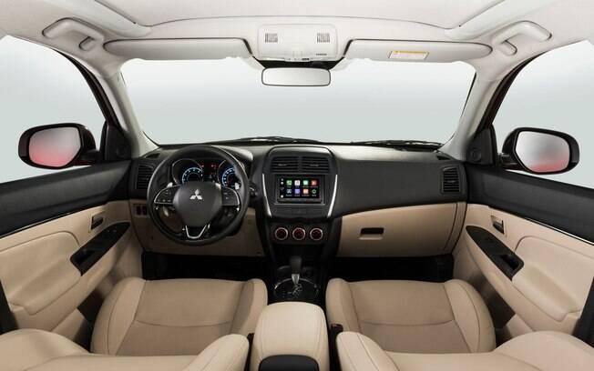 Apesar de bem equipado, o ASX já pede mudanças no interior que é praticamente o mesmo desde o lançamento, em 2010