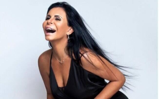 Gretchen se mostra afável e frágil no primeiro episódio do reality