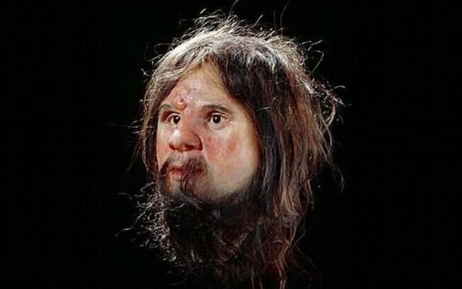 """Reconstrução anterior do """"Homem de Cheddar"""", feita pela Universidade de Manchester o mostrava  com a pele branca"""