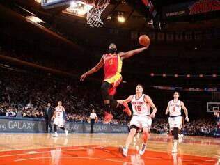 Houston Rockets fez 120 a 96 na casa do adversário