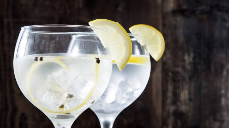 O gin com limão siciliano e laranja fica incrível
