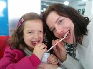 Renata e Valentina: mãe teve dificuldades para se adaptar à nova rotina