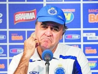 Aperto. Marcelo Oliveira voltou a criticar o calendário brasileiro, que não deixa tempo para treinos
