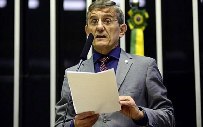 Darcísio Perondi, vice-líder do governo na Câmara, diz que reforma da Previdência via pegar os salários elevados