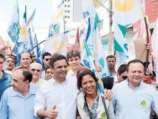 Visita. Aécio Neves esteve ontem em Imperatriz, no Piauí, por onde começa as viagens ao Nordeste