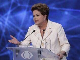 Dilma Rousseff no debate da Band, nesta terça-feira (27)