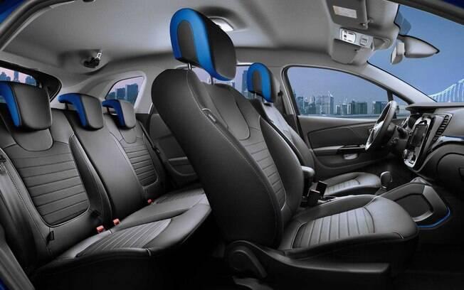 Por dentro do Reault Captur renovado, volante e central multimídia deverão seguir o mesmo padrão adotado no novo Duster